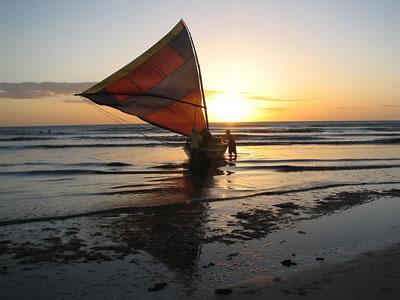 Bote na praia da malhada em Jericoacoara